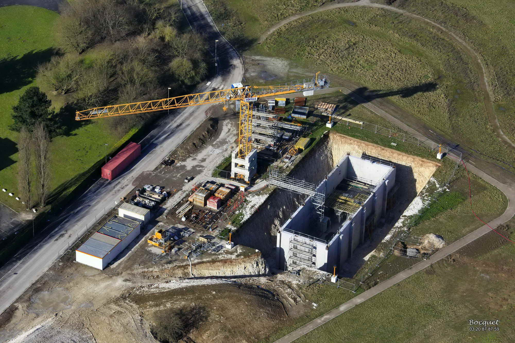 Le chantier WEEMBI : terrassement, ferraillage, fondations, cuve beton