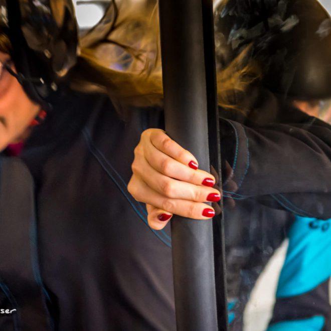 Découvrez entre amies les joies du simulateur de chute libre à l'occasion d'un enterrement de vie de jeune fille!